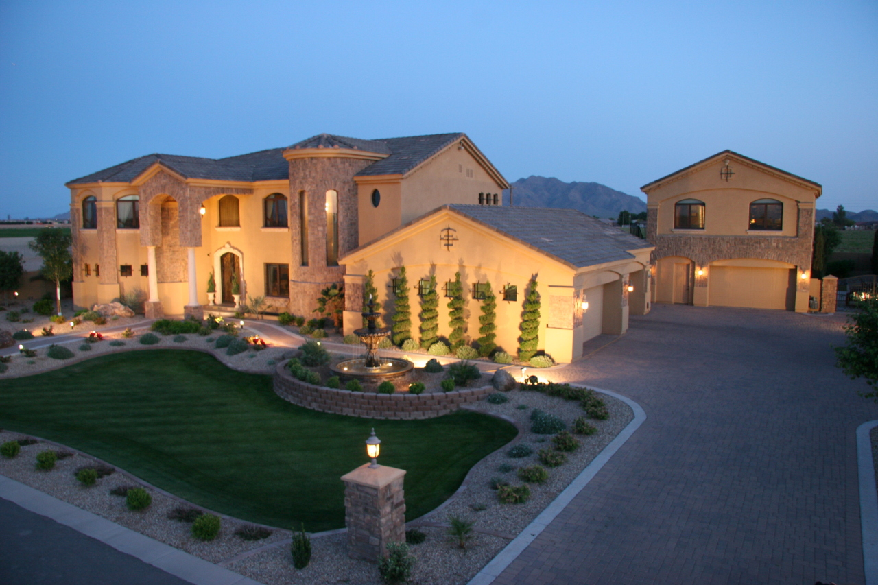 Luxury homes for sale in gilbert arizona gilbert homes for Big mansion homes for sale